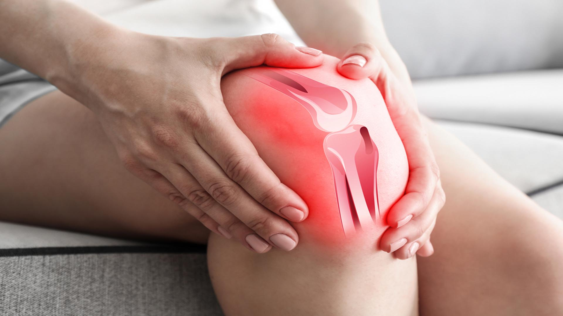 Woman Sufferting Knee Pain-Henry Chiropractic - 1602 N 9th Ave Pensacola, FL 32503 United States - (850) 435-7777
